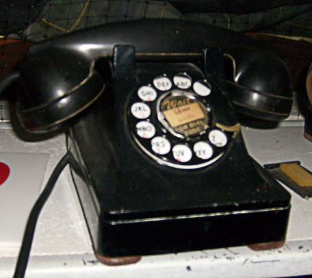 Telephone 1950 All About Props - Grea...