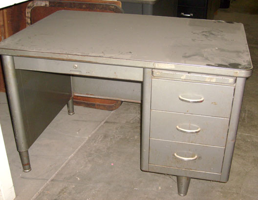 1950 S Office Desk Steel With 6 Drawers Including Center Middle Drawer And 2 Arm Slides 60 W X 30 D 29 H